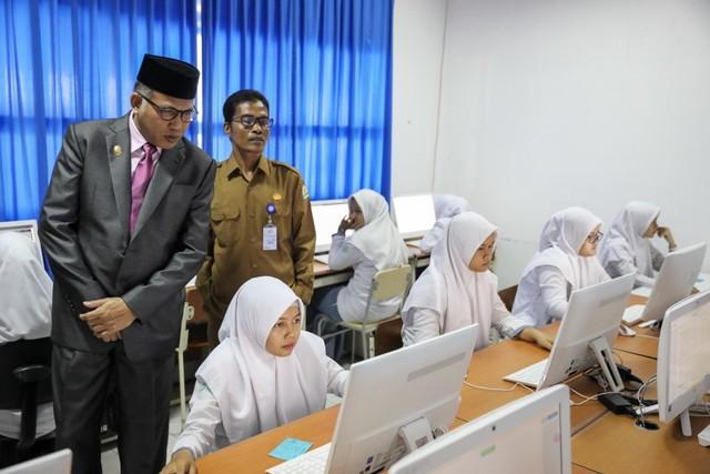 Prestasi Pendidikan Aceh di Level Nasional (483915)