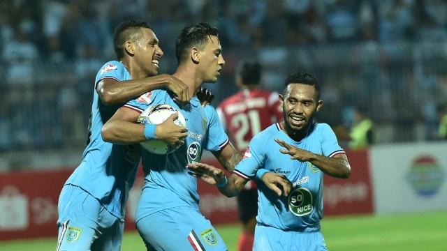 Persela Lamongan vs Madura United