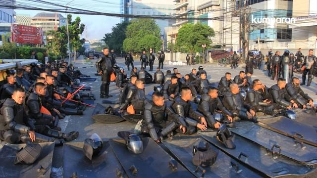 Petugas keamanan di kawasan Tanah Abang