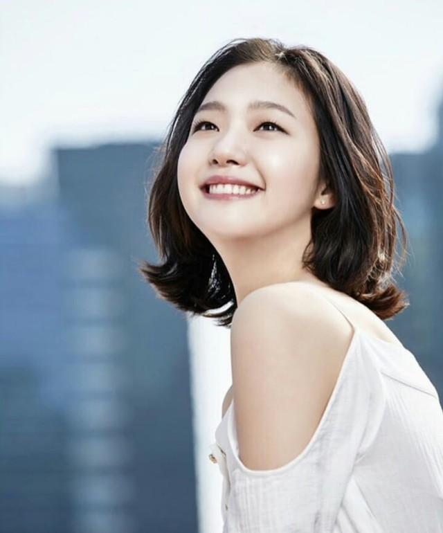 Jadi Lawan Main Lee Min Ho, Intip 7 Potret Kim Go Eun yang Memesona (404078)