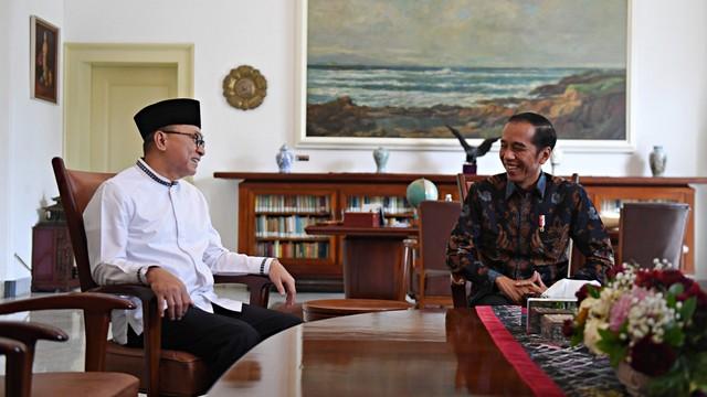 Hasto Kristiyanto: Mau Gabung Koalisi Jokowi Harus Kerja Keras (170114)
