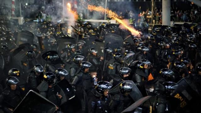Beda Sikap Masyarakat pada Demo Mei 1998 dan Mei 2019 (41050)