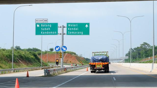 Tol Layang Japek Jadi Berbayar, Ini Rincian Ongkos Tol dari Jakarta ke Semarang (220325)