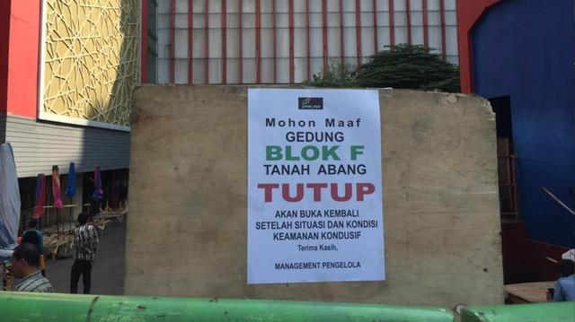 Foto: Pasar Tanah Abang Masih Tutup (4001)