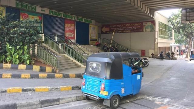 Foto: Pasar Tanah Abang Masih Tutup (3994)
