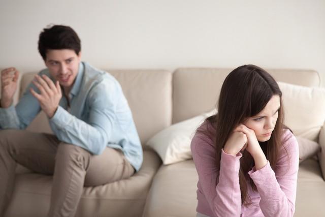Sikap Pasangan yang Diam-diam Bikin Kesal Menurut Zodiak (62262)