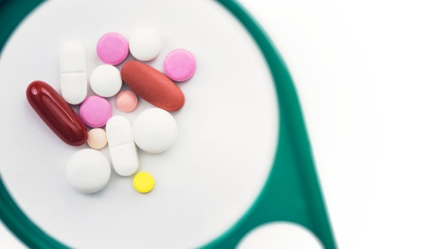 LIPSUS Awas Distimia, Ilustrasi Obat-obatan