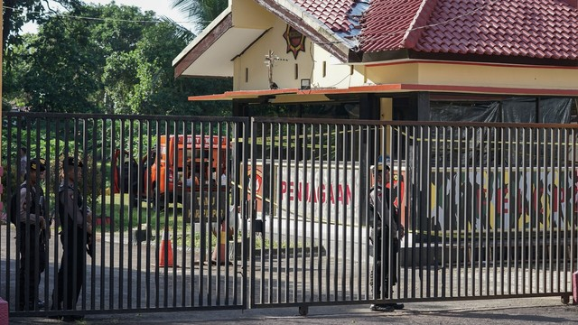 Mako Brimob, Purwokerto, Penembakan Pos Jaga
