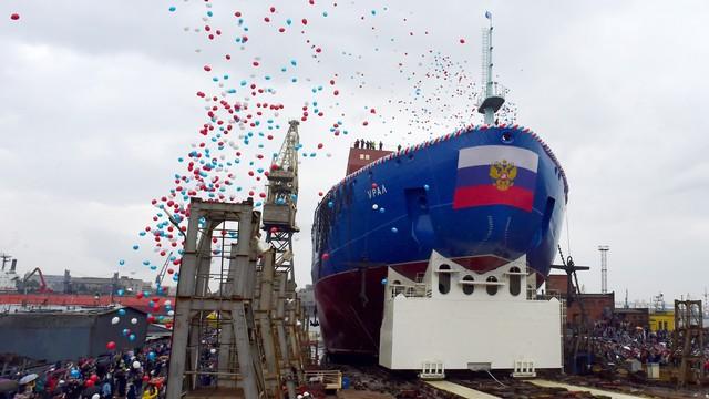 Rusia,  kapal pemecah es berkekuatan nuklir
