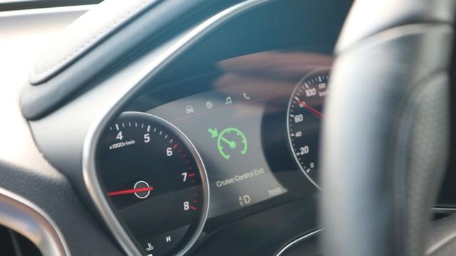otomotif, wuling almaz, cruise control, fitur kendaraan