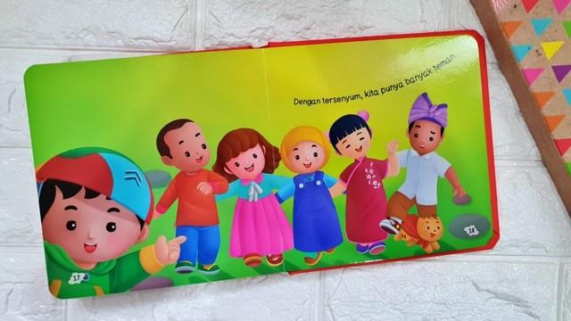 buku cerita anak - Aku Suka Tersenyum