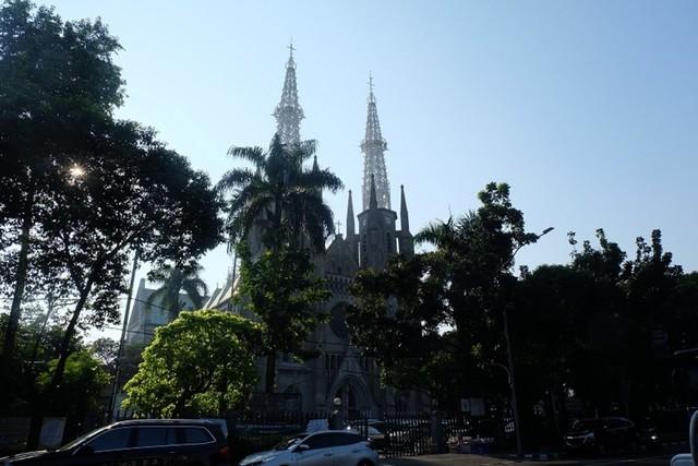 Gereja Katedral.JPG