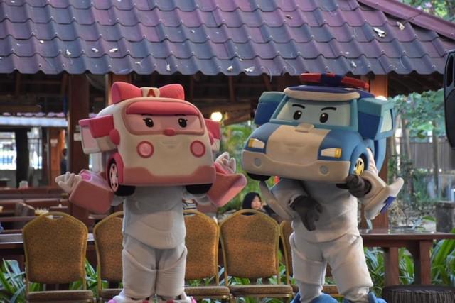 com-Pertunjukan Internasional Robocar Poli