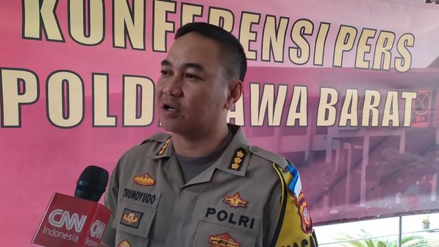 Sebarkan Berita Hoaks di Facebook, Dokter Sekaligus Dosen Universitas Ternama di Bandung Diringkus Polisi