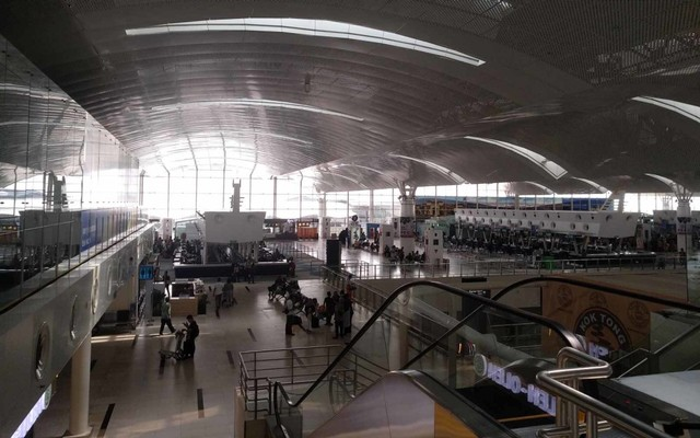 Suasana  Bandara Kualanamu di H-8 lebaran