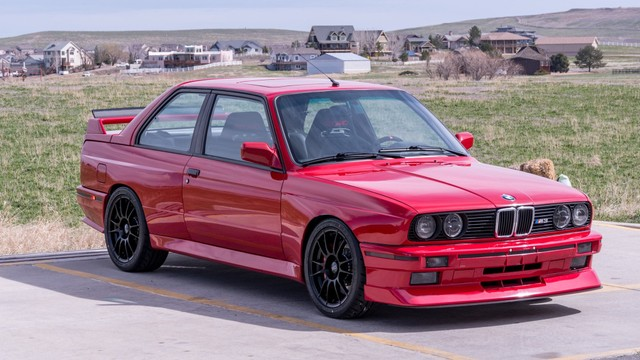Gantengnya BMW E30 M3 2-Pintu yang Dilego Rp 500 Jutaan (171578)