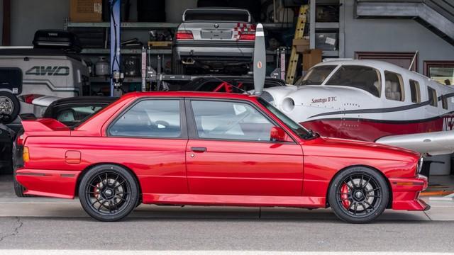 Gantengnya BMW E30 M3 2-Pintu yang Dilego Rp 500 Jutaan (171581)