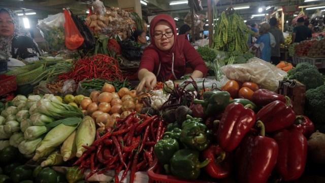 Sembako di Pasar Tradisonal Pasar Minggu
