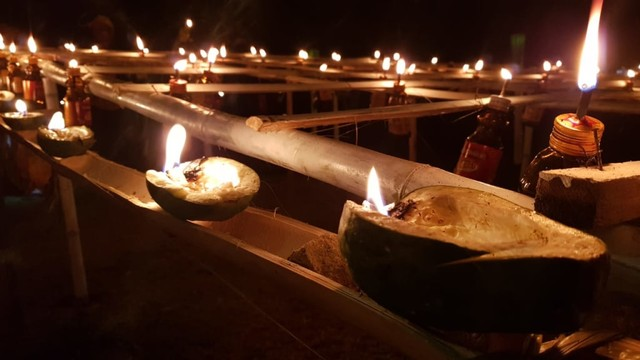 Melihat Tradisi Malam Pasang Lampu di Gorontalo (134205)