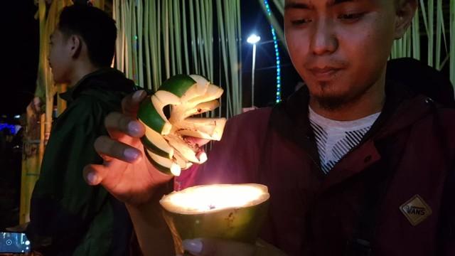 Melihat Tradisi Malam Pasang Lampu di Gorontalo (134207)