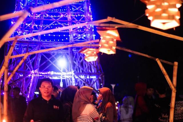 Merawat Tradisi Tumbilotohe lewat Miniatur Menara Pakaya Limboto (400978)