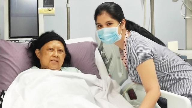 Annisa Pohan: Pak SBY Tidur di Lantai   Dampingi Bu Ani di ICU  (60235)