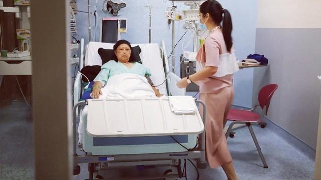 Annisa Pohan: Pak SBY Tidur di Lantai   Dampingi Bu Ani di ICU  (60234)