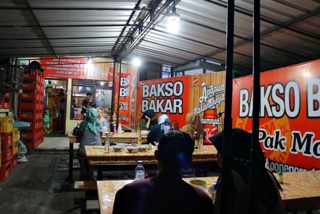 Lokasi-Bakso-Bakar-Pak-Man-Malang-photo-by-feryarifian.JPG