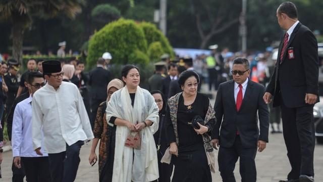 Hasto Kristiyanto: Mau Gabung Koalisi Jokowi Harus Kerja Keras (170116)