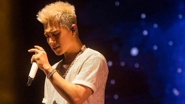Taeyang BIGBANG Siap Lelang 1.300 Barang untuk Acara Amal (148)