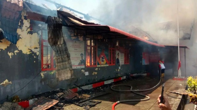 Lapas Kelas II B Sigli, Pidie, Aceh terbakar.