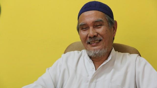 KONTEN SPESIAL, MUSLIM TIONGHOA,  Masjid Lautze, Haji Ali Karim Oei, Ketua Yayasan Haji Karim OEI