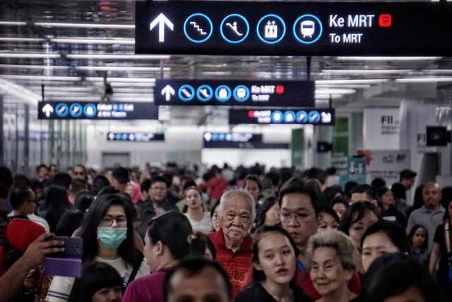 Lipsus, MRT Food Guide, Stasiun MRT HI