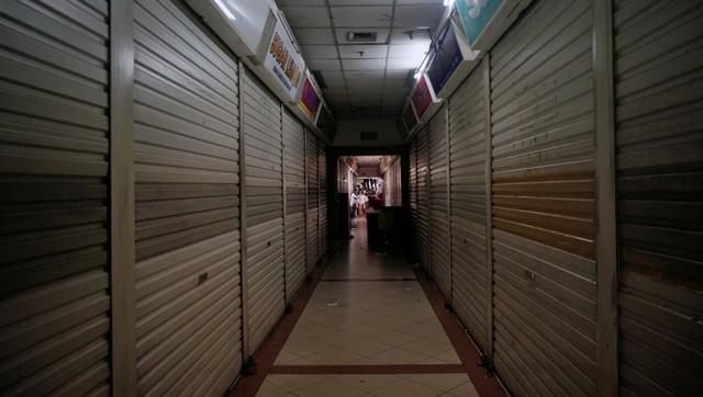 Cerita Pedagang Pasar Tanah Abang, Jadi Jualan Online Sejak Tutup Karena Corona (55138)