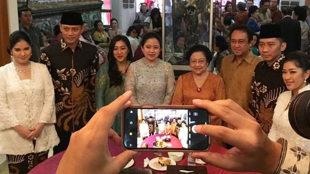 Hasto Kristiyanto: Mau Gabung Koalisi Jokowi Harus Kerja Keras (170119)