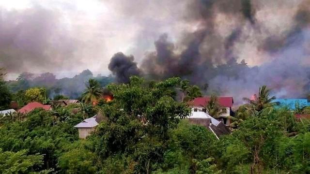 Buton Rusuh dan Situasi Masih Mencekam, 56 Rumah Dibakar Massa (16276)