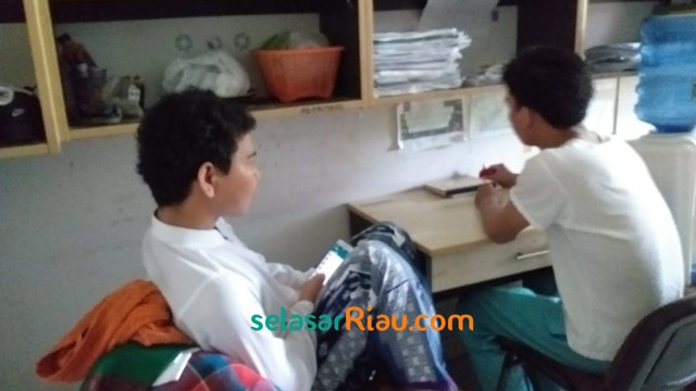 Mahasiswa Asal Kamboja Math Alimin2.jpg