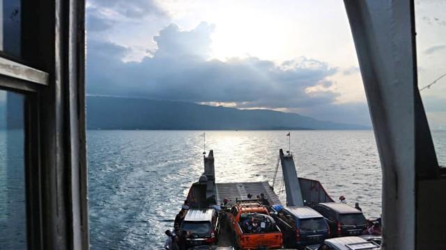 Pastikan Keselamatan, Otoritas Danau Toba Awasi Kapasitas Kapal (2645)