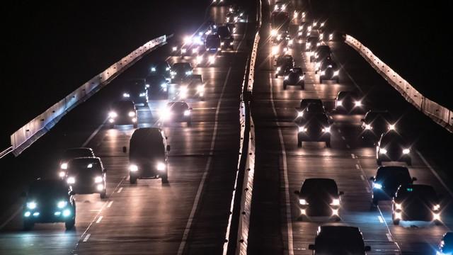 Polisi Siapkan One Way Bila Contraflow Tol Cikampek Tak Bisa Urai Macet (229634)