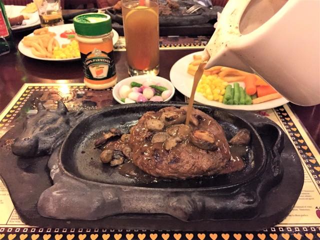 Sejak 1973, Cita Rasa Steak Gandy Tak Pernah Berubah - kumparan.com