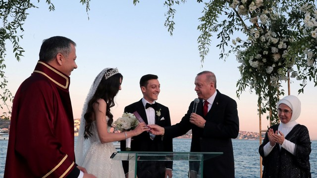 Mesut Oezil Menikah, Erdogan Jadi Tamu Penting (348645)