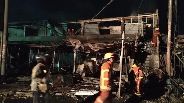 Kebakaran di Pasar Ujungberung, Kota Bandung.