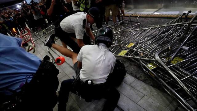 Foto: Lautan Manusia di Hong Kong Menolak RUU Ekstradisi  (740673)
