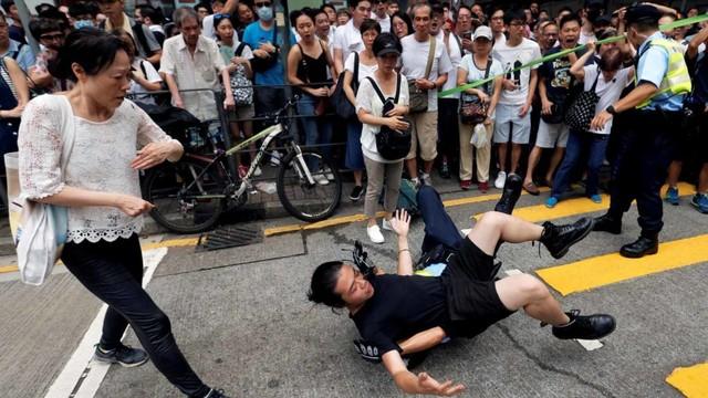 Foto: Lautan Manusia di Hong Kong Menolak RUU Ekstradisi  (740667)