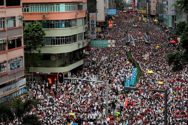 Foto: Lautan Manusia di Hong Kong Menolak RUU Ekstradisi  (740657)