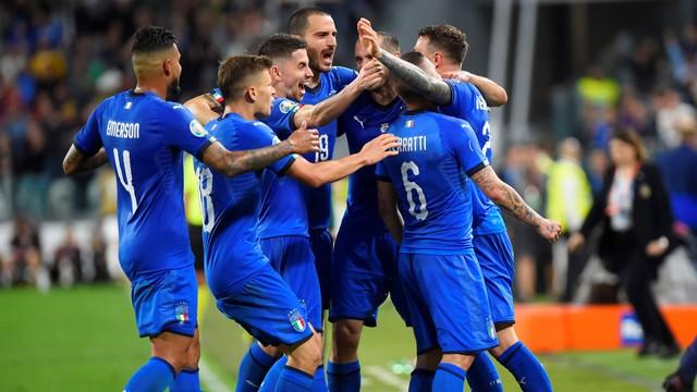 Italia Menang karena Berani Mengambil Risiko (74303)