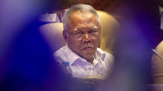 Menteri PUPR Soal Trotoar Jadi Tempat Jualan PKL: Tak Boleh Permanen (176092)