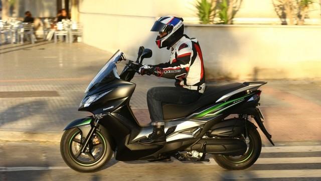 Berita Menarik: Kawasaki J125 Si Penjegal NMax; Pabrik Suzuki Cakung Ditutup (29383)