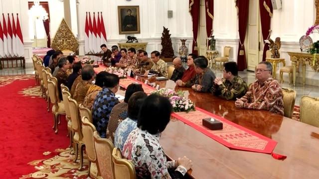 Presiden Joko Widodo bertemu dengan para pengusaha yang tergabung dalam Apindo