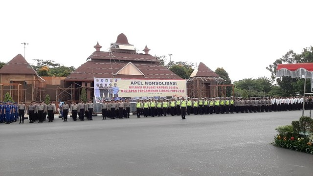 Jelang Sidang Sengketa Pemilu, TNI-Polri Siagakan 707 Personel   (120643)